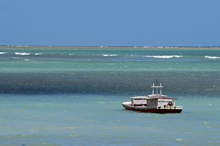 passeio de barco em Patacho