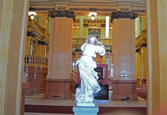 Hall do Teatro Colón em Buenos Aires
