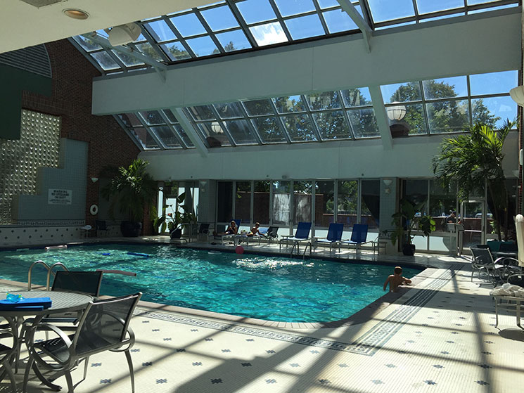 hotel em Boston piscina