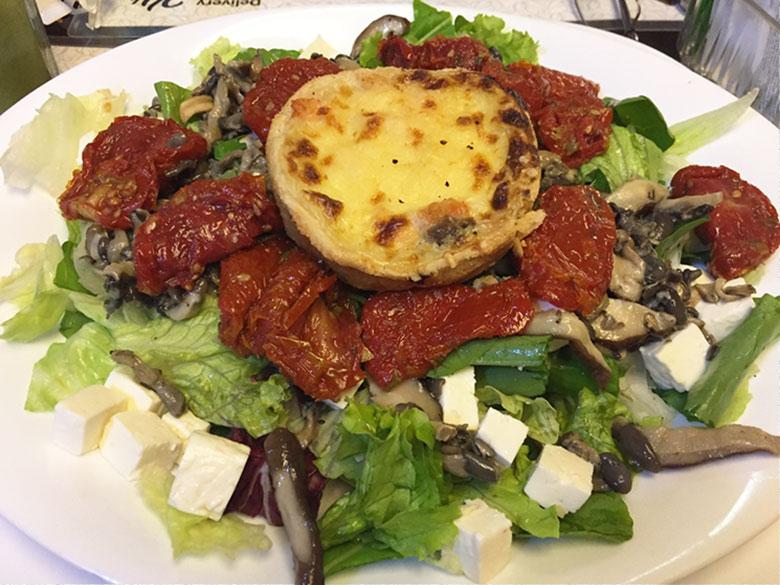 Salada da Padaria Bella Paulista