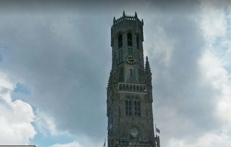 Campanário em Bruges