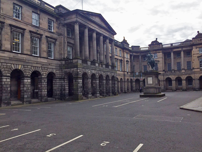 Edimburg Council Chambers