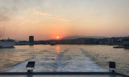 Ferry na Grécia: mini guia para sua viagem