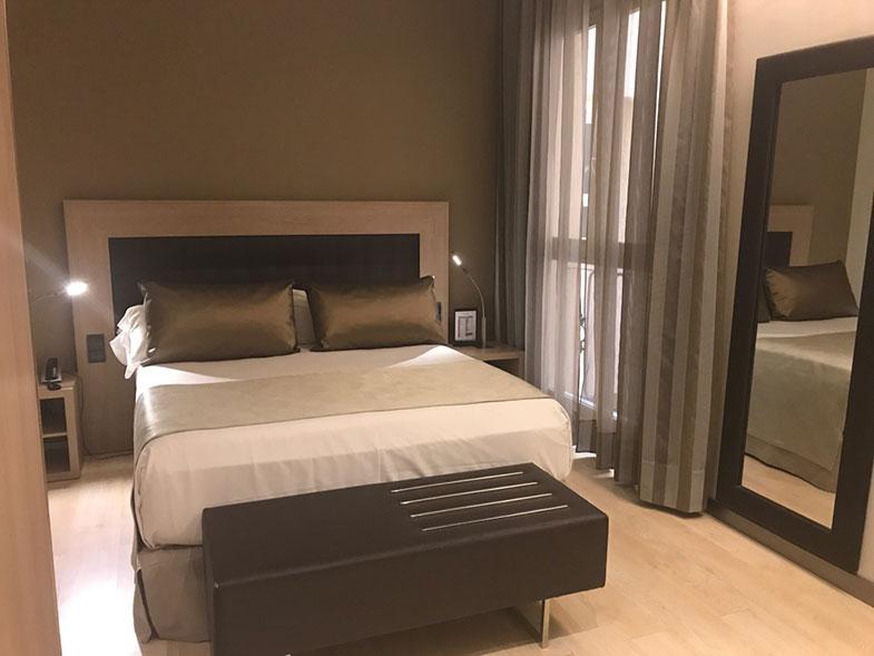 Qaurto do Catalonia Atocha hotel em Madrid