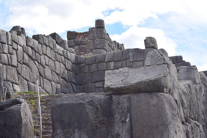 Sacsuayhuaman perto de Cusco