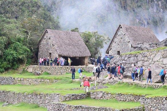 Entrada da montanha Waynapichu em Machu Picchu