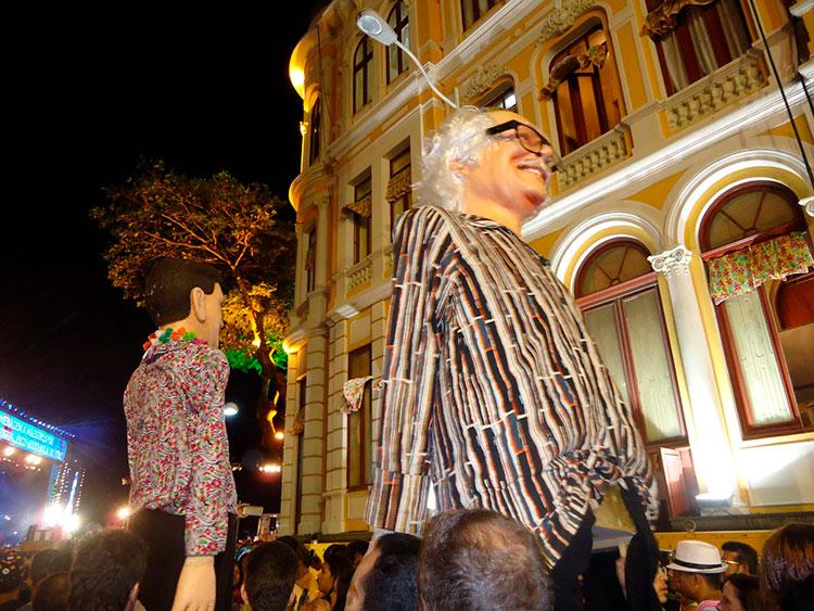 Bonecos Gigantes de Olinda nas ruas