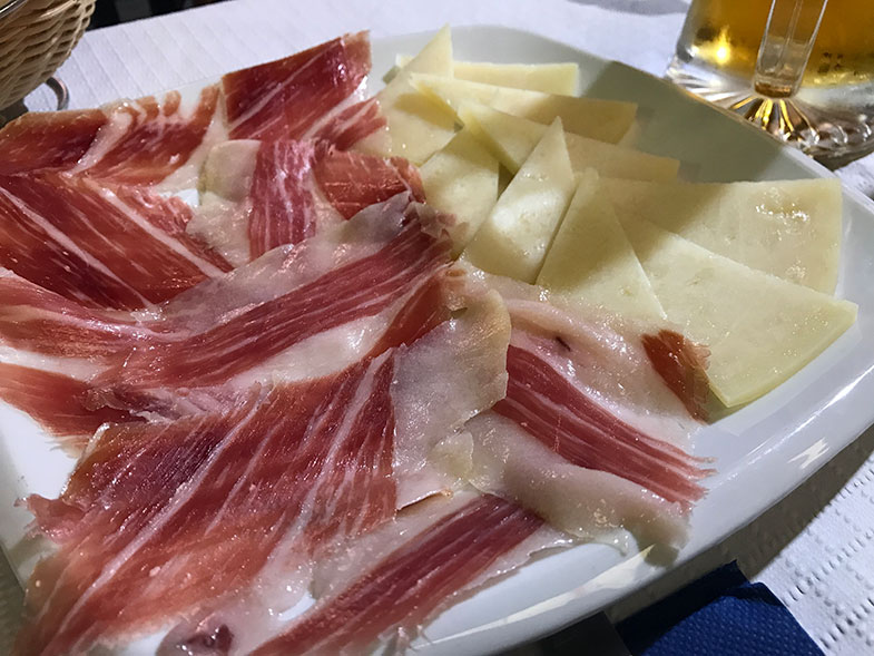 Comidas típicas da Espanha Jamón