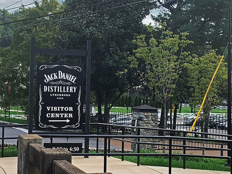 Bate e volta para a Destilaria Jack Daniel's