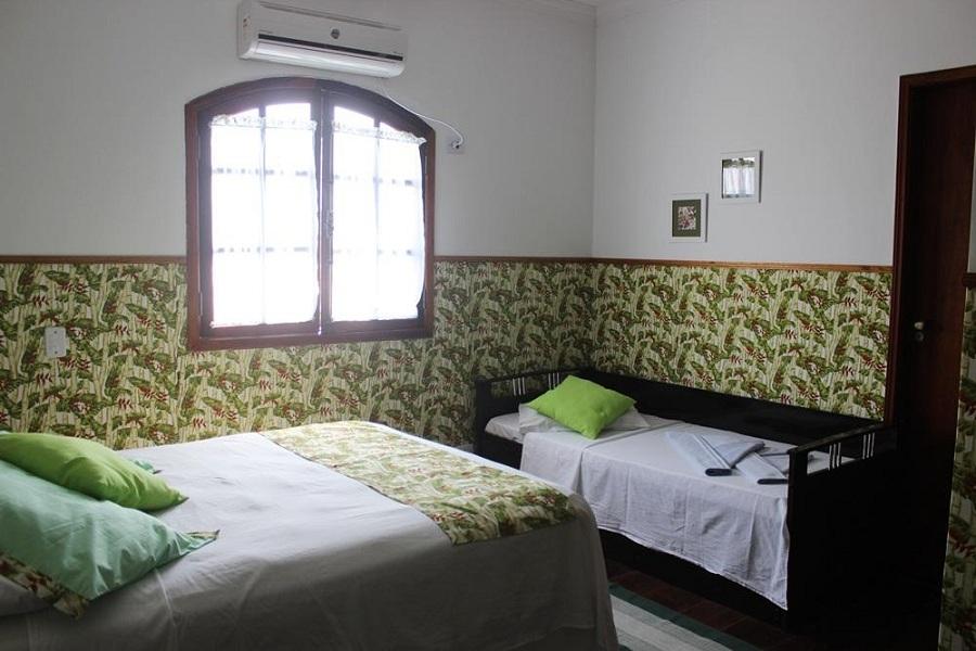Suite TPL da Pousada Canto Azul Praia do Pernambuco no Guaruja sp