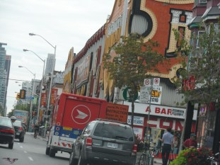 An icon in Toronto for decades, almost everyone who moves to the downtown area ends up at Bathurst and Bloor going to Honest Ed's at some point or other