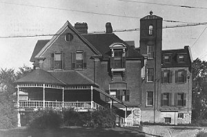 Ottawa Maternity Hospital, ca. 1920, Billings Family Virtual Exhibit, City of Ottawa Archives,  Item Number CA-018217, .