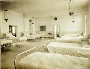 "Alfred G. Pittaway, ""Female Ward, Hopewell Hospital,"" 1912, gelatin silver print, Bytown Museum, P893e. Link to source."