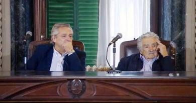 Alberto Fernández con Pepe Mujica.