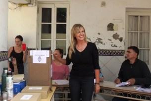 Cañuelas el Intendente Municipal Gustavo Arrieta y Marisa Fassi dieron una conferencia de Prensa.