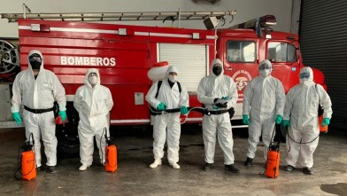 Cañuelas COVID-19 La Policía Ecológica realizó tareas de desinfección y capacitación en el Cuartel de Bomberos Voluntarios