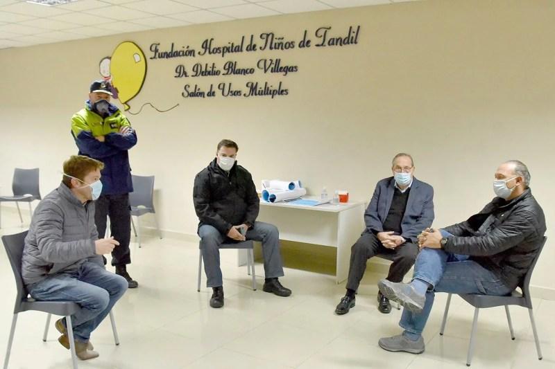 , El Ministro de seguridad de la Provincia de Buenos Aires Berni visitó Tandil y supervisó el funcionamiento del comité de crisis por el COVID-19., Cañuelas Noticias - Noticias de Argentina
