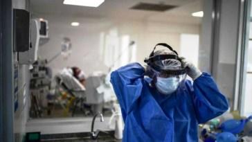 COVID-19 en Argentina – 145 muertos 11765 nuevos casos, total a la fecha desde el inicio de 43163 fallecidos, los contagios 1.613.928, en este ultimo día del 2020.