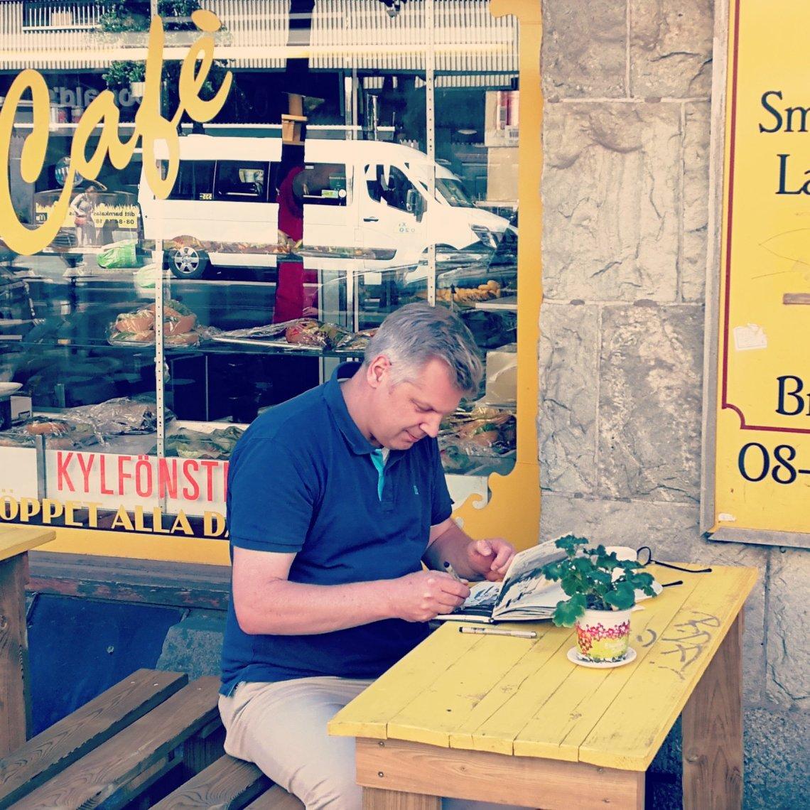 Teckning Stefan Lindblad, Cafe Jiffi på Hornsgatan, illustration, Södermalm, Stockholm, Moleskine Sketchbook, tuschpennor, Penstore