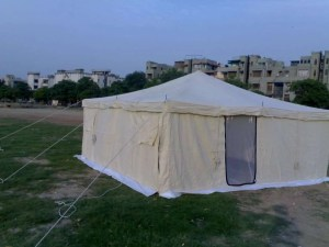 wall type emergency relief tents