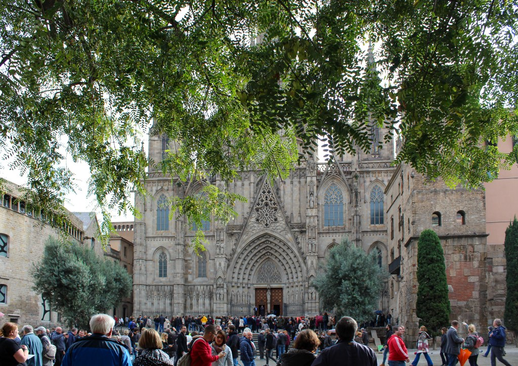 Things to Do in Barcelona - Gothic Cathedral