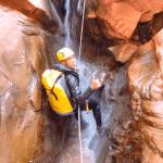 Rappel effectué durant le canyon de Mariwate.
