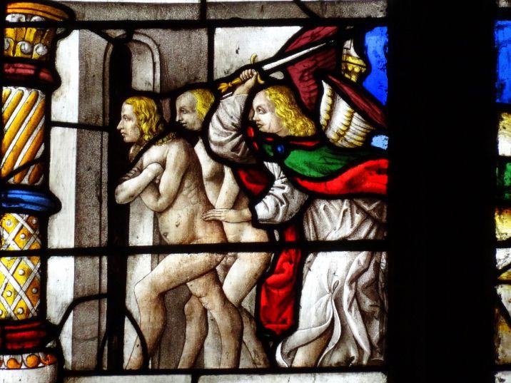 Expulsión del Paraíso. Detalle de la vidriera de la capilla del Purgatorio.