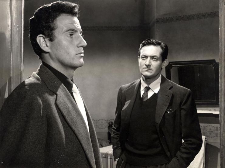 Arturo Fernández y Alberto Closas, en una escena de 'Distrito quinto'.