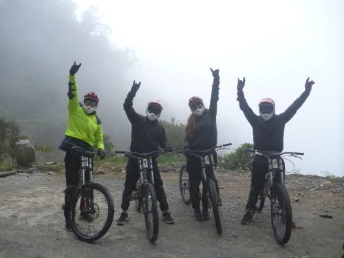 J+64 La route de la mort à vélo !
