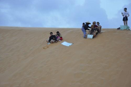 J+243 La glisse des sables !
