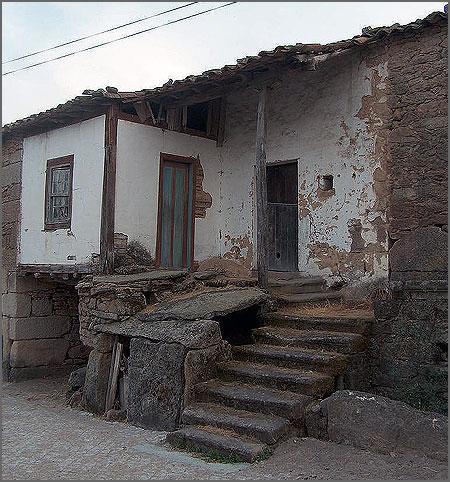 Casa antiga do Escabralhado