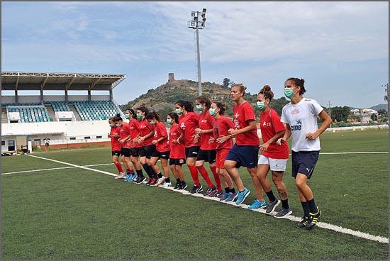 As campeãs nacionais no Estádio Municipal de Penamacor
