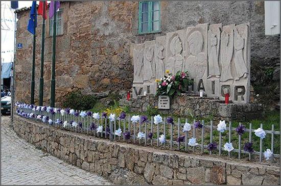 Há 44 anos deu-se a tragédia em Vilar Maior - foto do Memorial aos Mortos