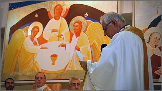 O bispo-pintor no momento da sua ordenação no Mosteiro dos Jerónimos