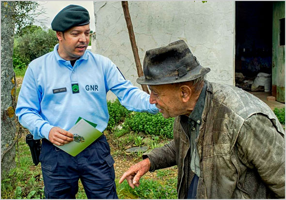 Garantir a segurança dos idosos que vivem isolados