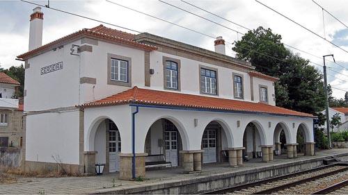 Estação ferroviária da Cerdeira