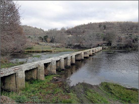 Pontão de Porto de Ovelha – margem esquerda – montante para jusante