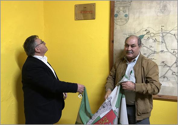 Descerrar da placa da Sala «Sabugal+Atrativo» por António Robalo e Joaquim Corista