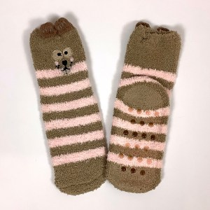 Non-slip gripper socks Cape Ivy squirrels