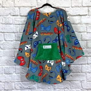 Adult Teen Hospital Gift Fleece Poncho Cape Ivy Gamer