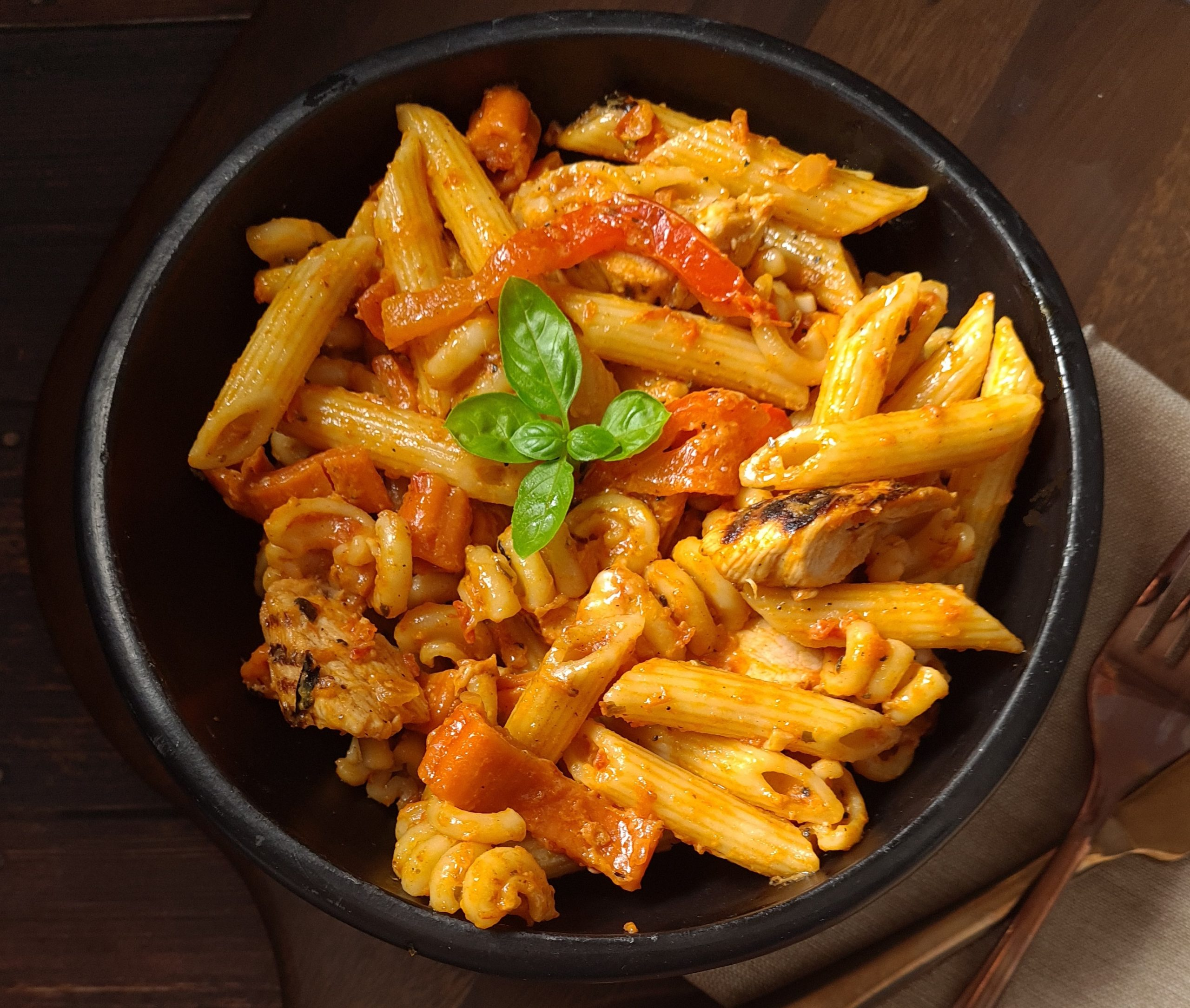 Penne with Grilled Chicken and Roasted Red Pepper