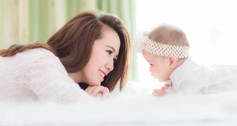Những diệu kỳ nho nhỏ mỗi buổi chiều của người mẹ trẻ