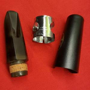 Mouthpiece shop