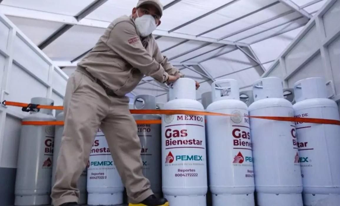 Falta de pagos evoca protesta de trabajadores del Gas Bienestar