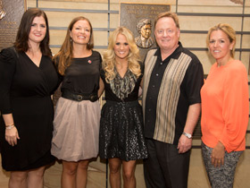 Judee Ann Williams, Jackie Nelson, Carrie Underwood, Gary Overton and Leslie Roberts Photo Credit: Chris Hollo