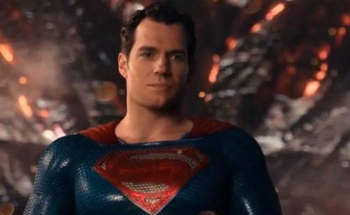 RUMOR | Henry Cavill volvería a tomar el papel de Superman