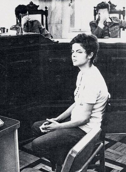 Hoje uma das chefes da repressão, Dilma foi vítima durante a ditadura empresarial-militar.