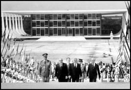João Figueiredo chega ao Palácio do Planalto. (foto: Orlando Brito)