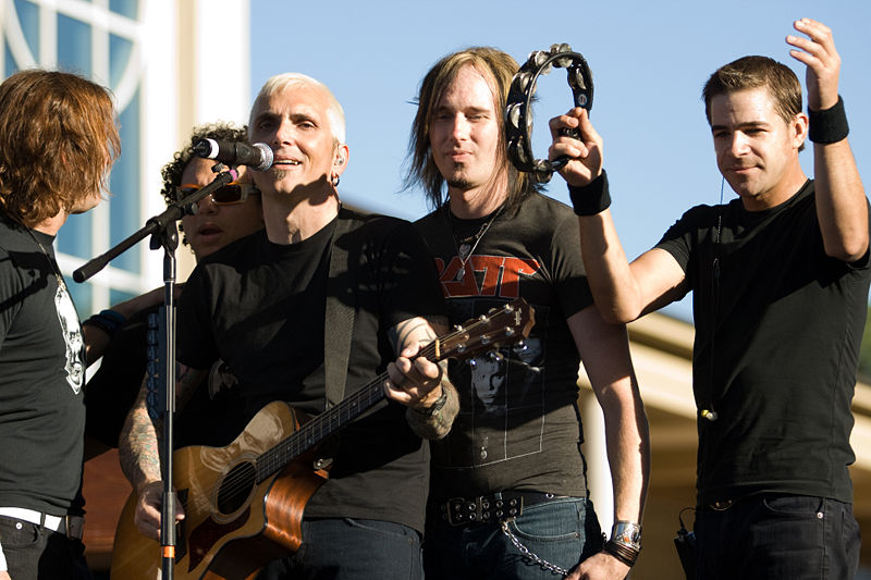 Experts aren't sure exactly when Everclear began sucking, but they theorize it was some point before the tambourine became a featured part of the act