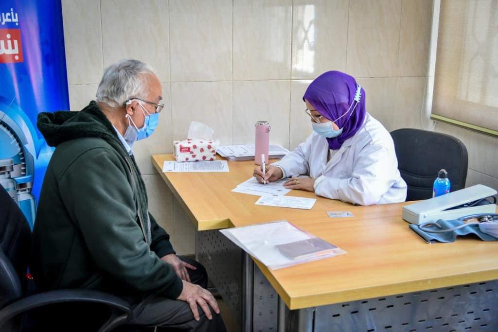 تطعيم الفئات المستحقة بلقاح كورونا